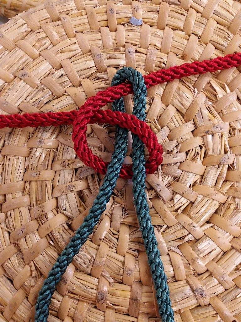 Knot for joining lapping cane